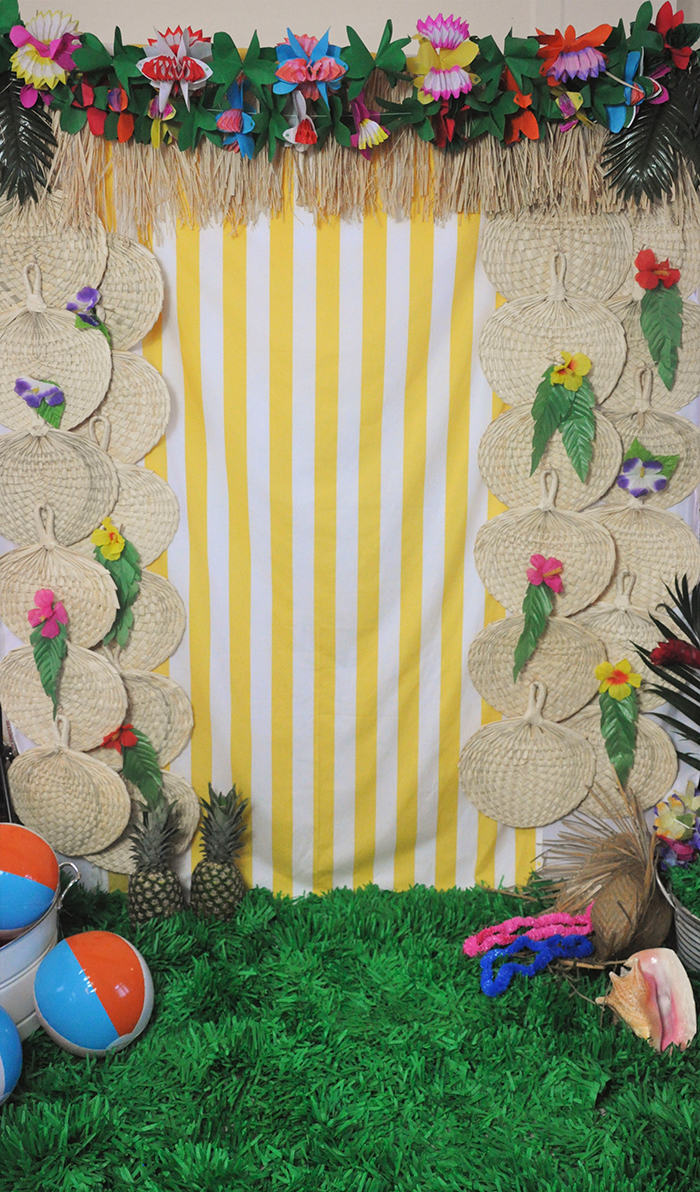 Palm Springs inspired tropical photo booth