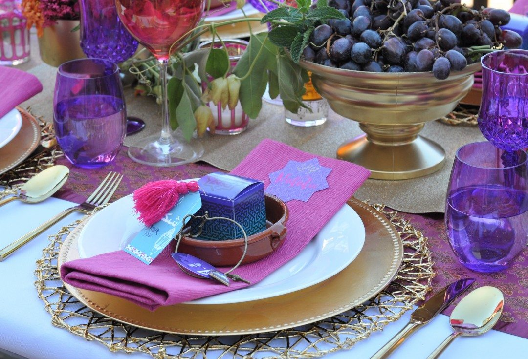 Arabian Nights Bridal Shower Place Settings | Fern and Maple Events and Party Blog