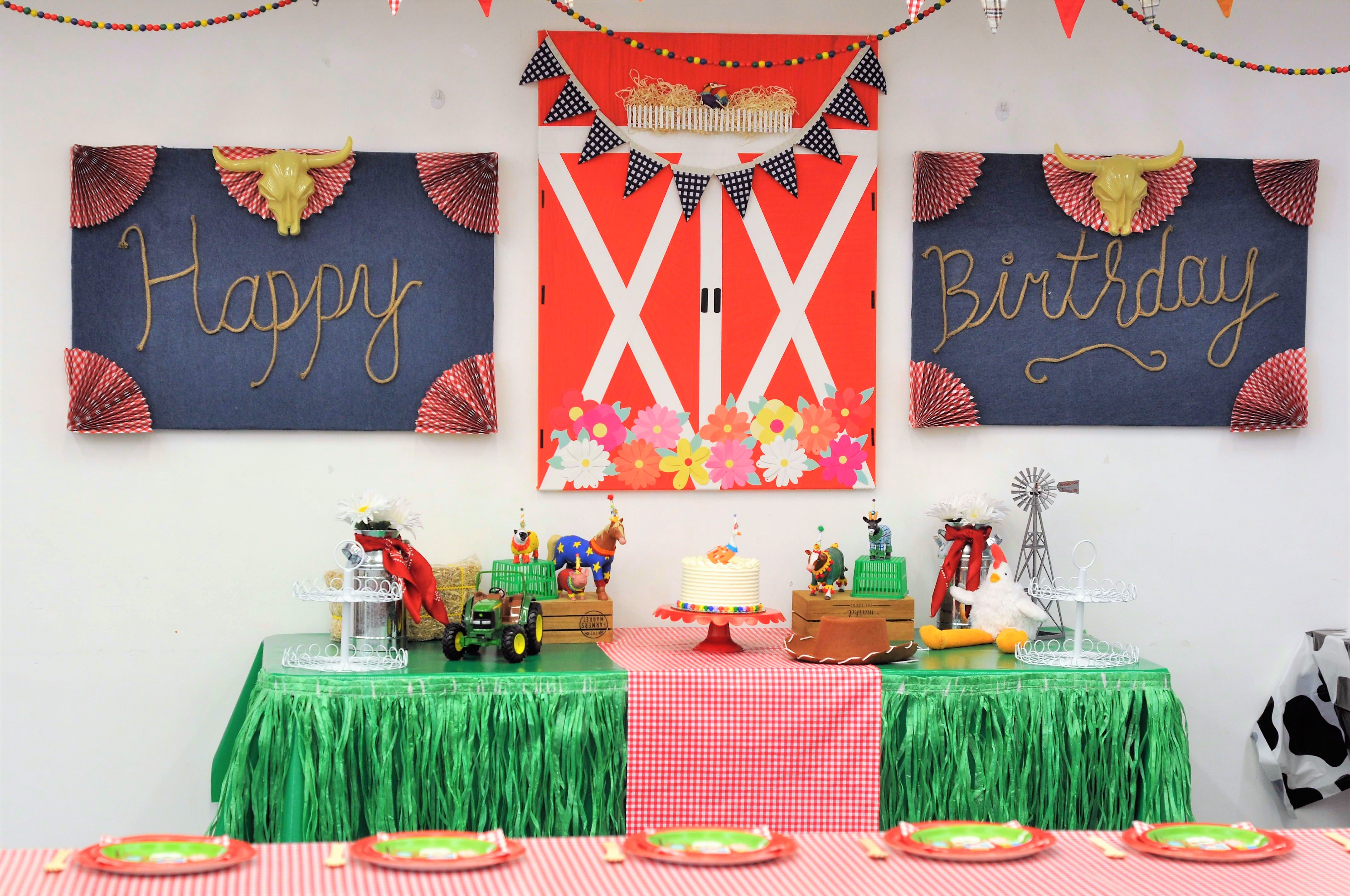 I Created This Barnyard Theme Party For Peek A Boo Factory In San  Francisco. These Parties Are Booked And Enjoyed By Lots Of Children Each  Week So They Have ...