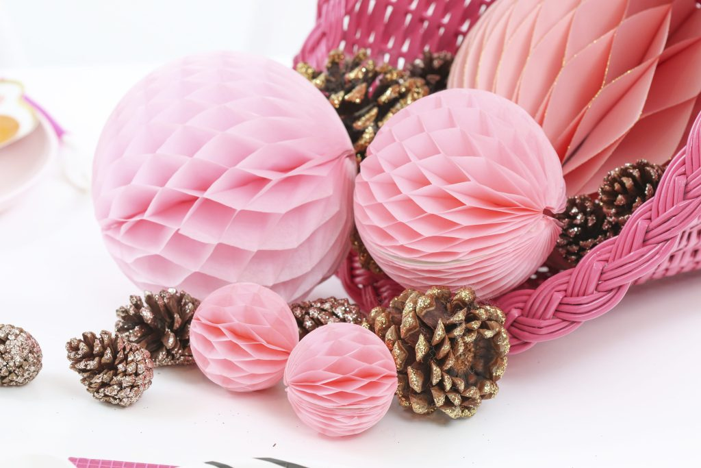 pink thanksgiving cornucopia