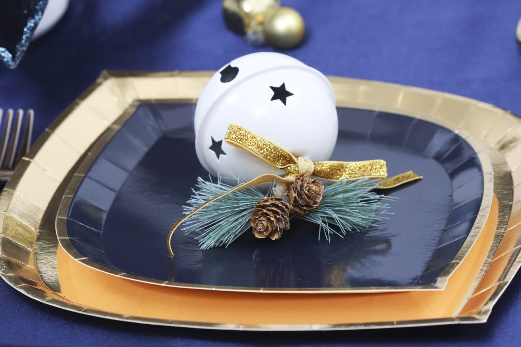 navy and gold holiday place settings