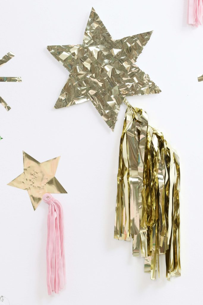 Magical Unicorn Christmas party DIY backdrop
