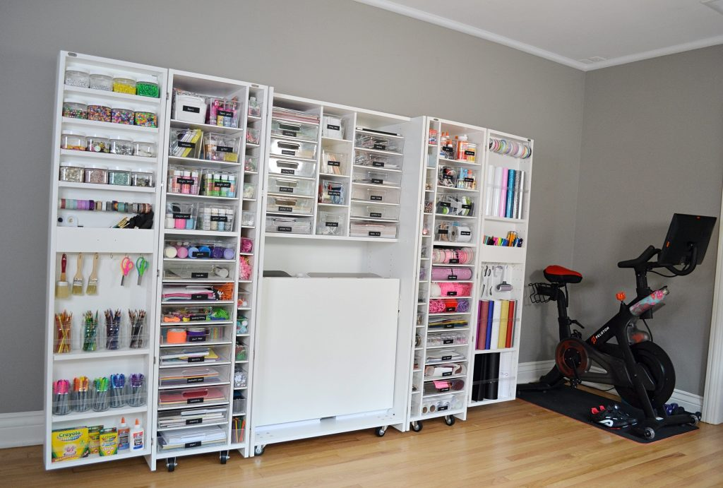Open shelving for craft and party supply organization - get more organizing ideas now at fernandmaple.com!