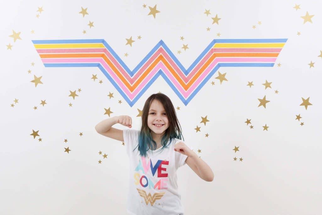 Wonder Woman 1984 Inspired DIY Photo Booth Backdrop