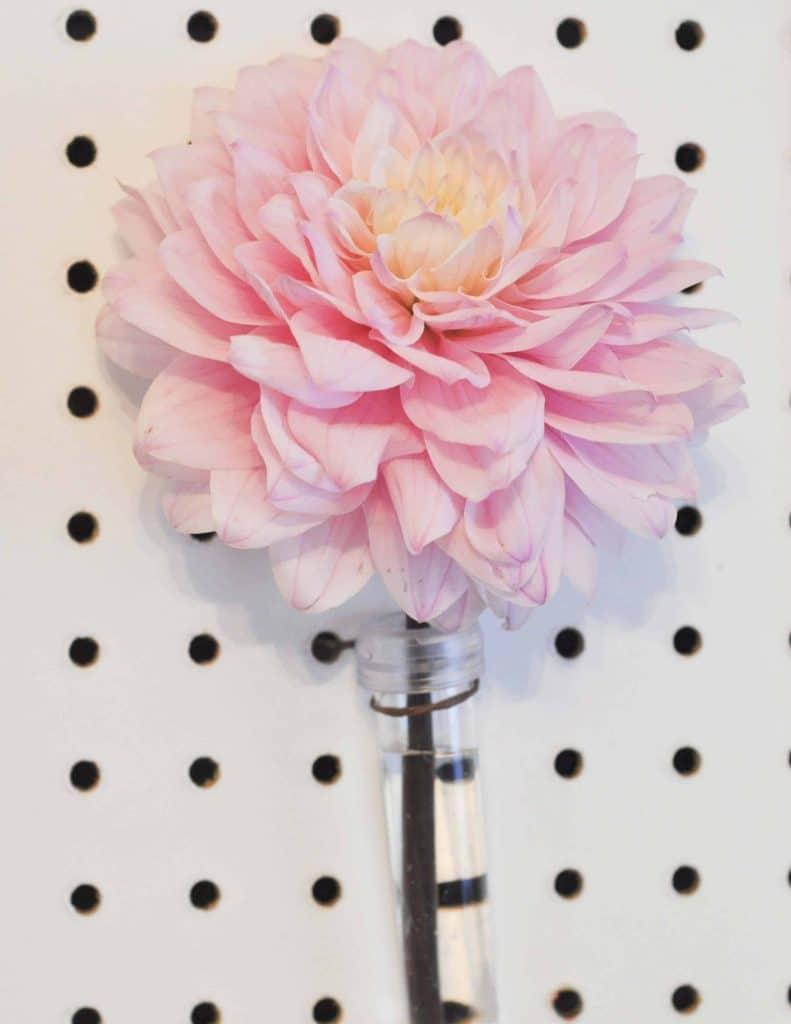 Floral Pegboard Backdrop for a floral arranging party - get details now at fernandmaple.com!