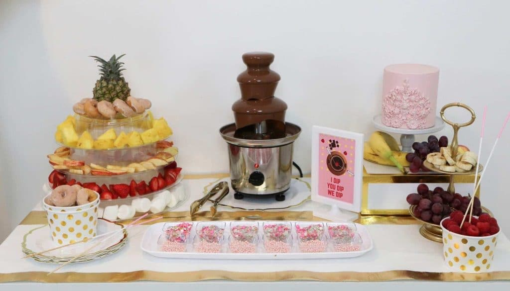 Dessert Table for a Fun Fondue Party - get details at fernandmaple.com!