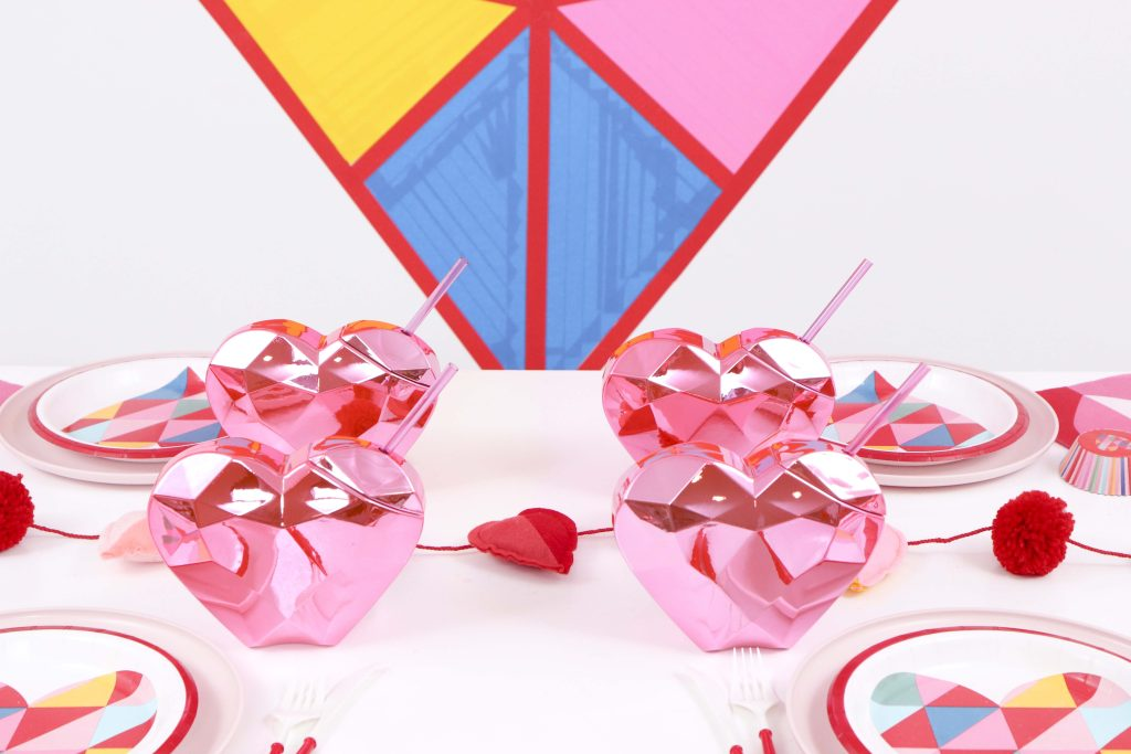 Geometric Heart Valentine's Day Party tumblers - Get details and more party ideas now at fernandmaple.com!