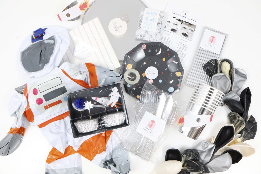 """Space Party Kit - Looking to throw a Space or Rocket themed birthday? Check out this game-changing """"party in a box"""" recommendation as well as tips for personalizing the party! Get details now at fernandmaple.com."""