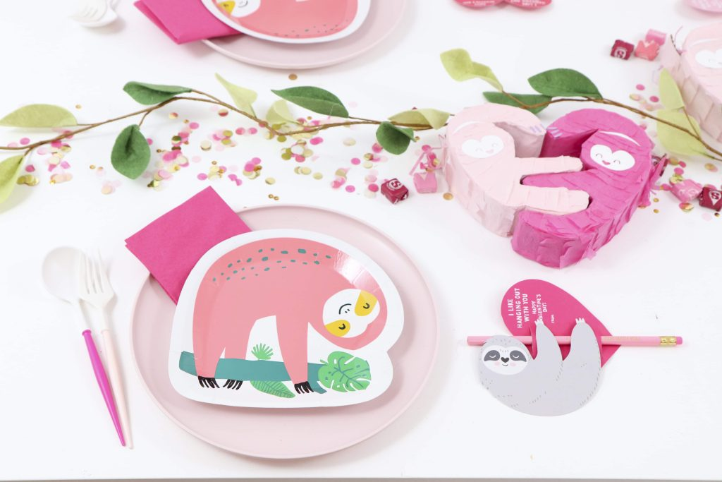 Place Settings for a Pink Sloth Valentine's Day Party for Kids - get details now at fernandmaple.com!