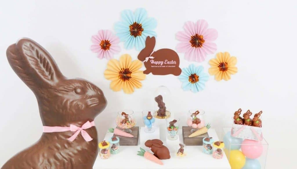 Chocolate Bunny Easter Party decor and DIY backdrop - get more Chocolate Bunny Easter Party inspiration now at fernandmaple.com!