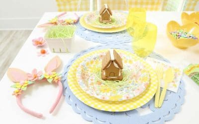 How to Plan a Spring Gingerbread House Decorating Party