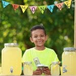 10 Steps for Setting up the Perfect Summer Lemonade Stand